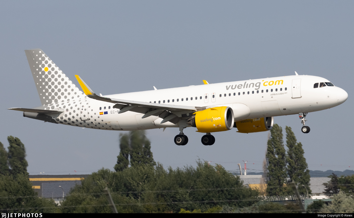 EC-NCF - Airbus A320-271N - Vueling