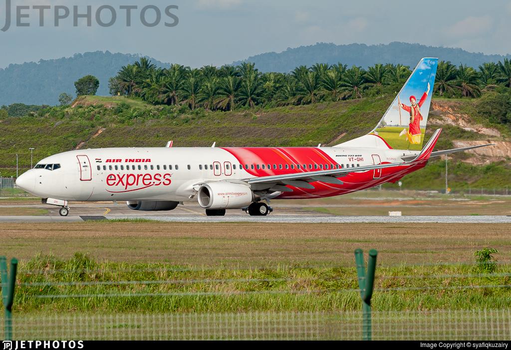 VT-GHI - Boeing 737-86N - Air India Express