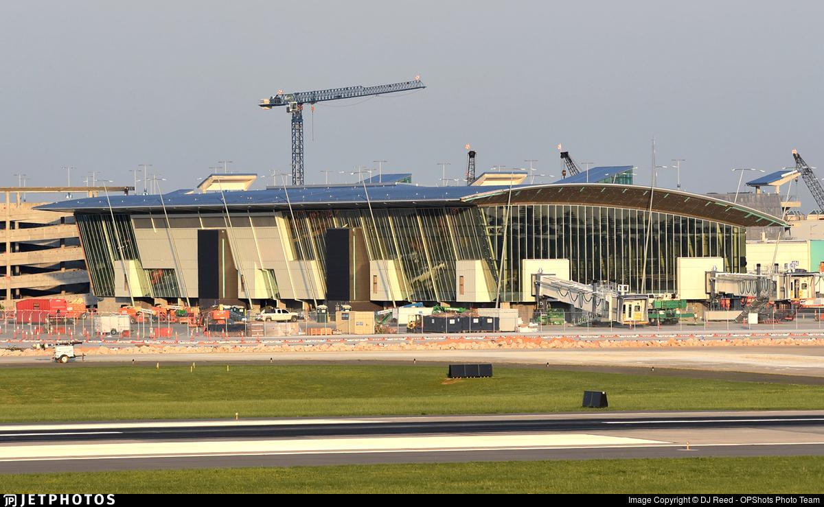 KCLT - Airport - Terminal
