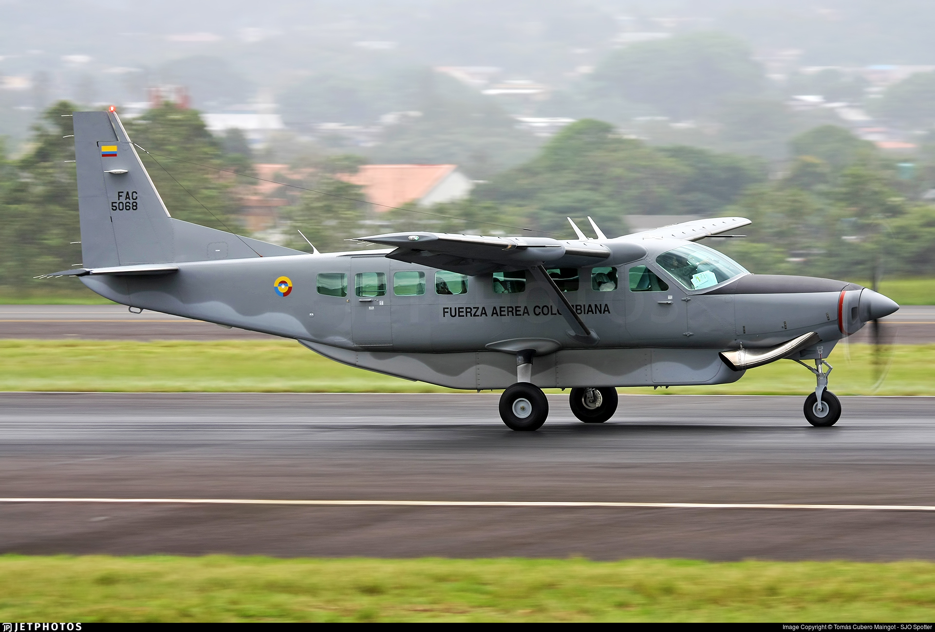 FAC5068 - Cessna 208B Grand Caravan - Colombia - Air Force