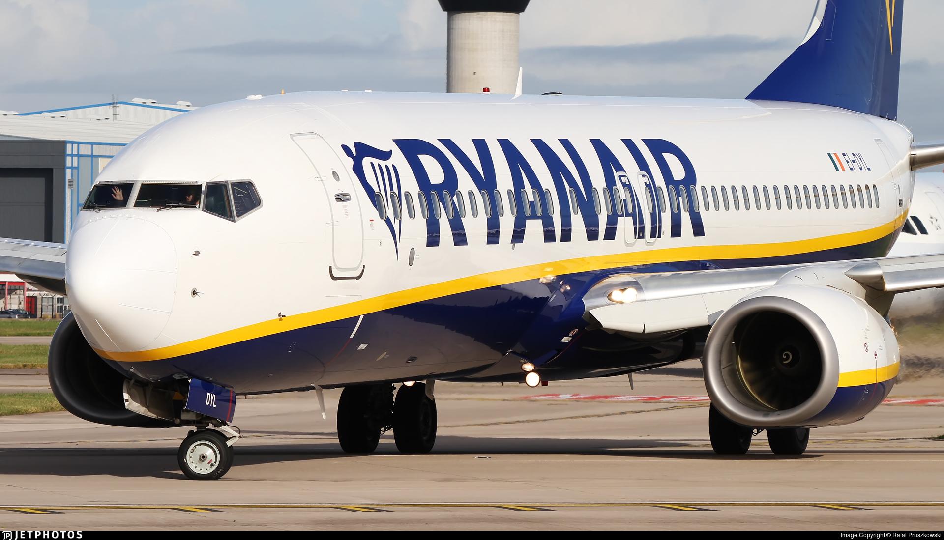 EI-DYL - Boeing 737-8JP - Ryanair
