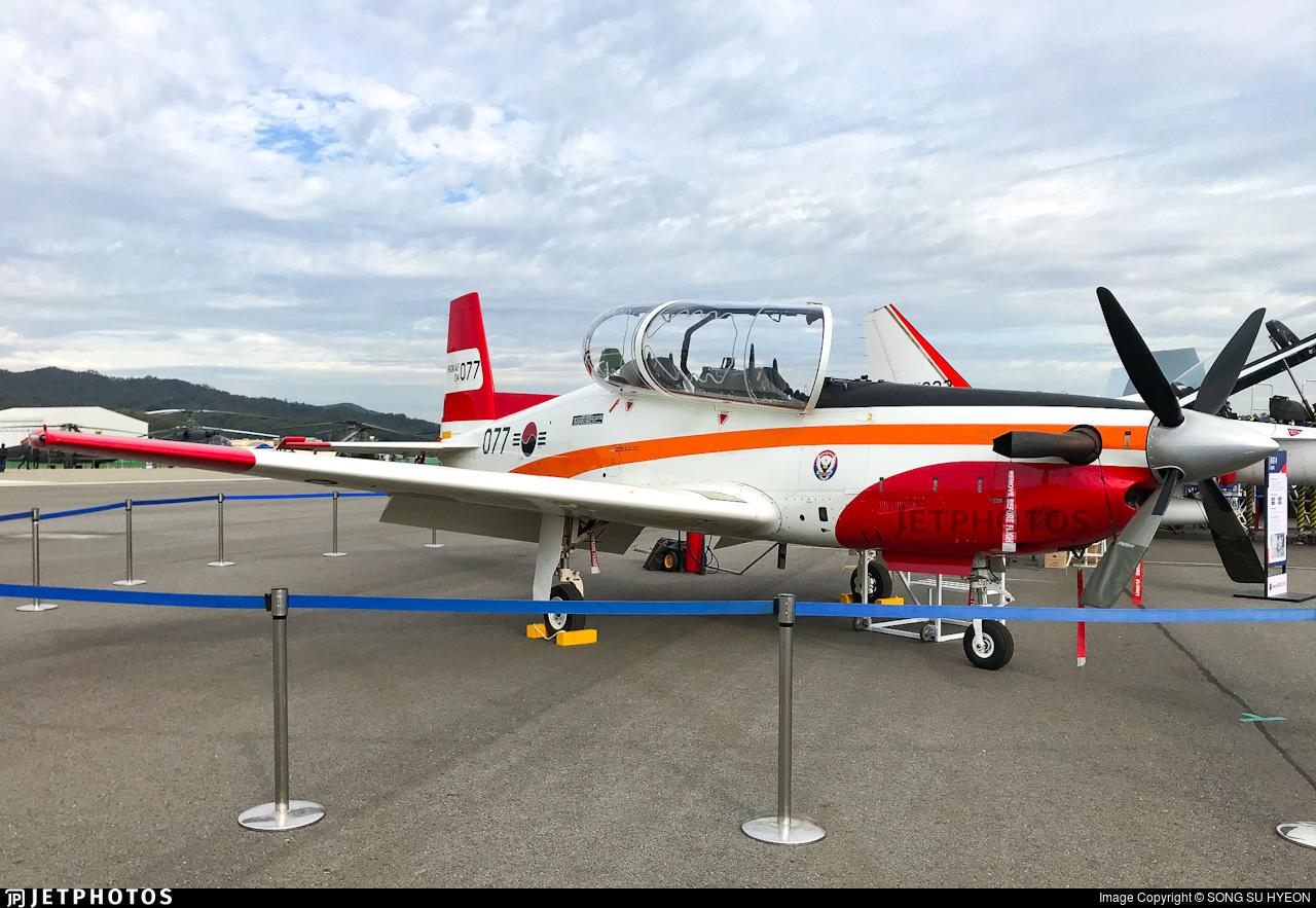 04-077 - KAI KT-1 Woong-Bee - South Korea - Air Force