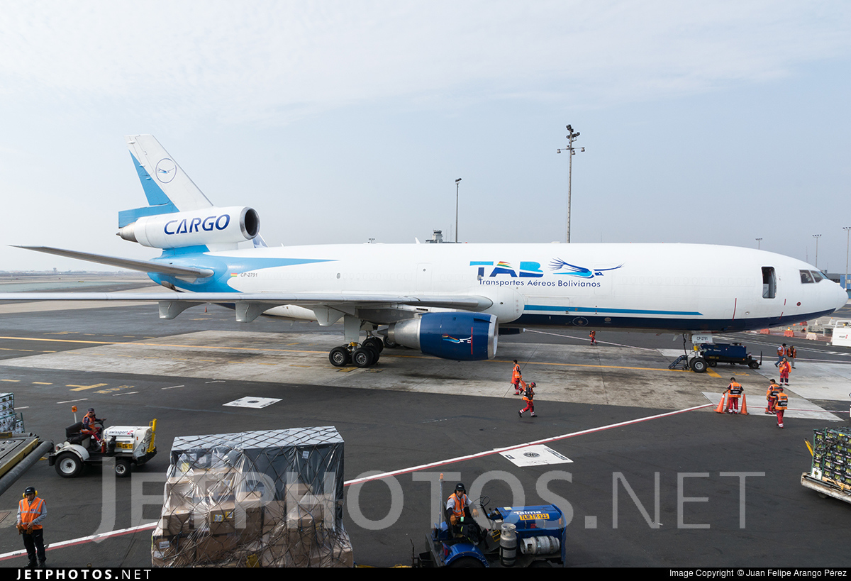 CP-2791 | McDonnell Douglas MD-10-30(F) | TAB - Transportes Aéreos ...