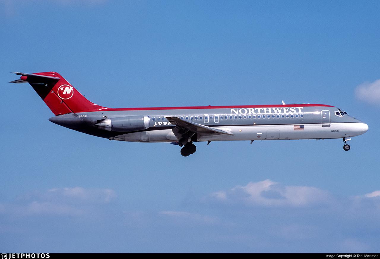 N920RW - McDonnell Douglas DC-9-31 - Northwest Airlines