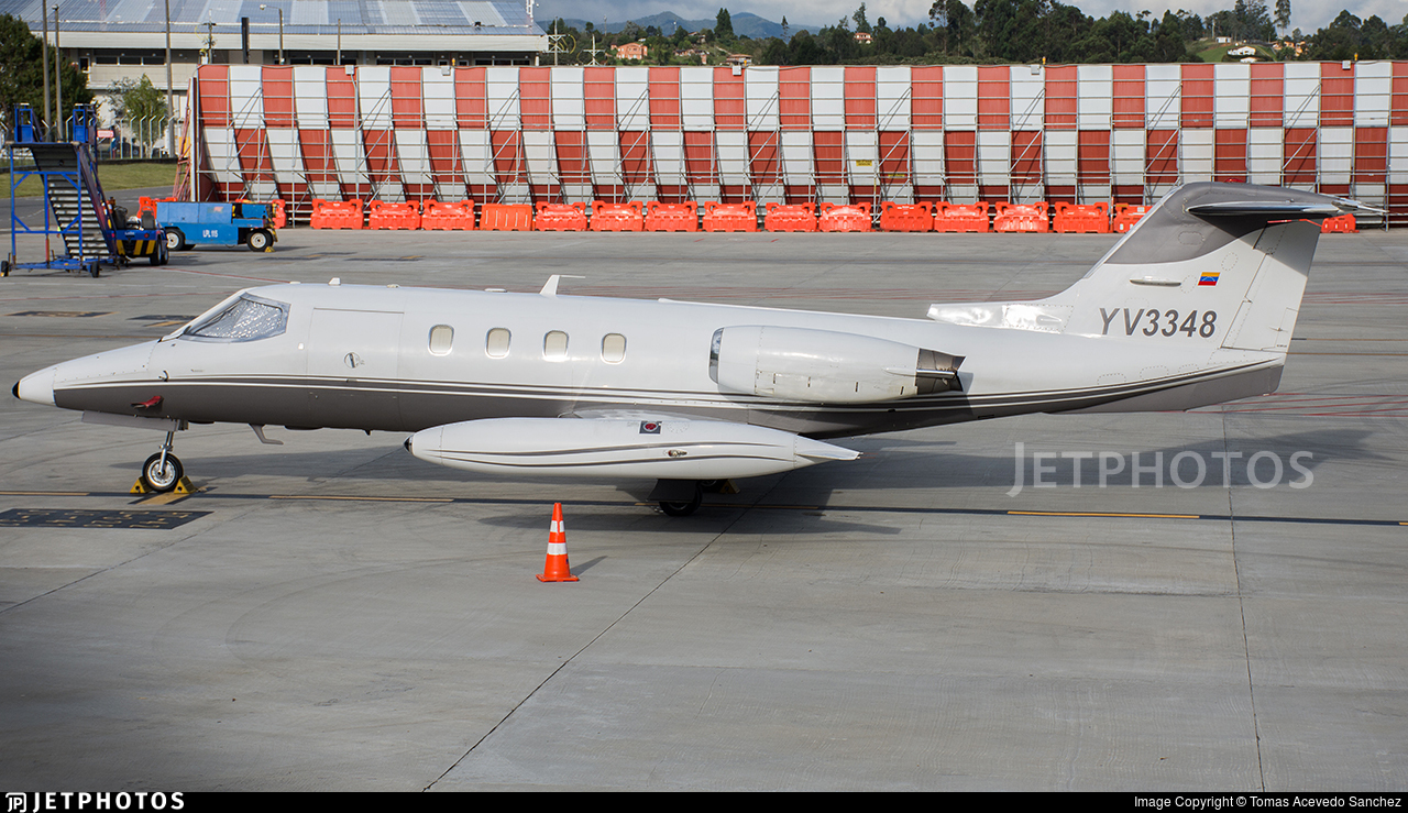 YV3348 - Bombardier Learjet 25D - Private