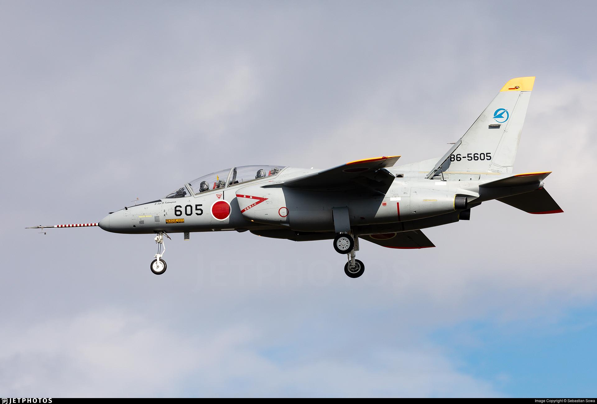 86-5605 - Kawasaki T-4 - Japan - Air Self Defence Force (JASDF)