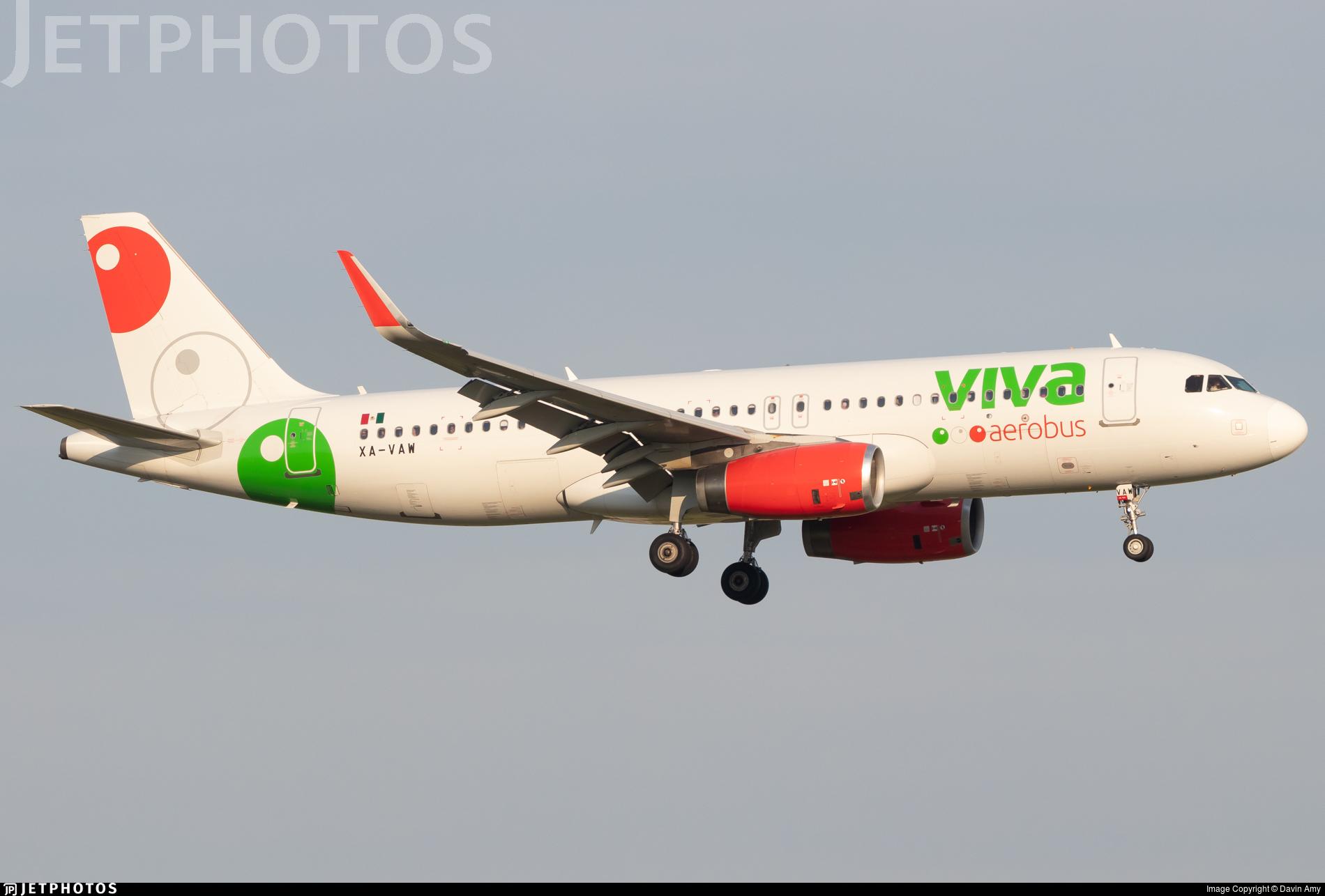 XA-VAW - Airbus A320-232 - VivaAerobus