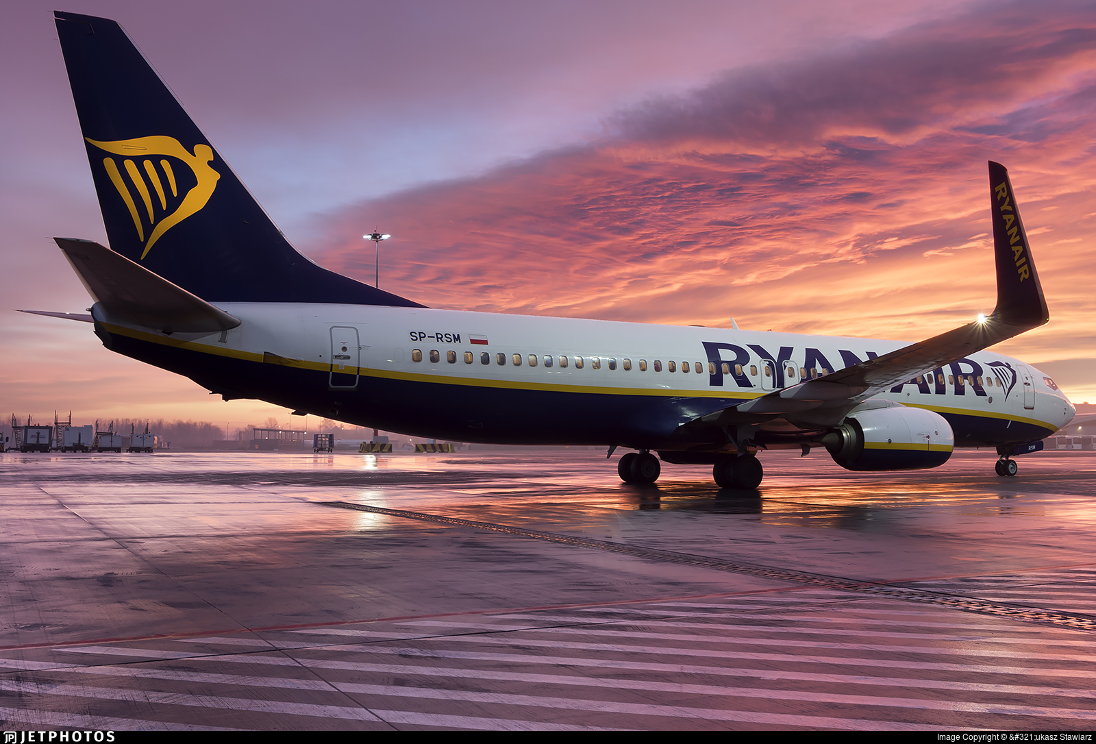 SP-RSM - Boeing 737-8AS - Ryanair Sun