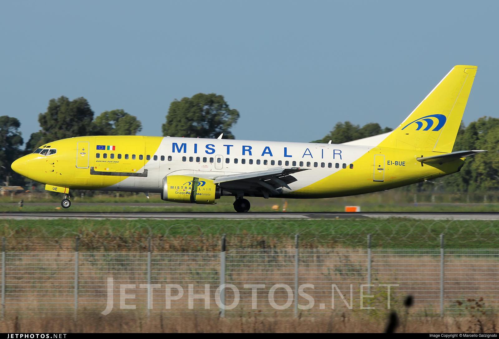 EI-BUE - Boeing 737-348(QC) - Mistral Air