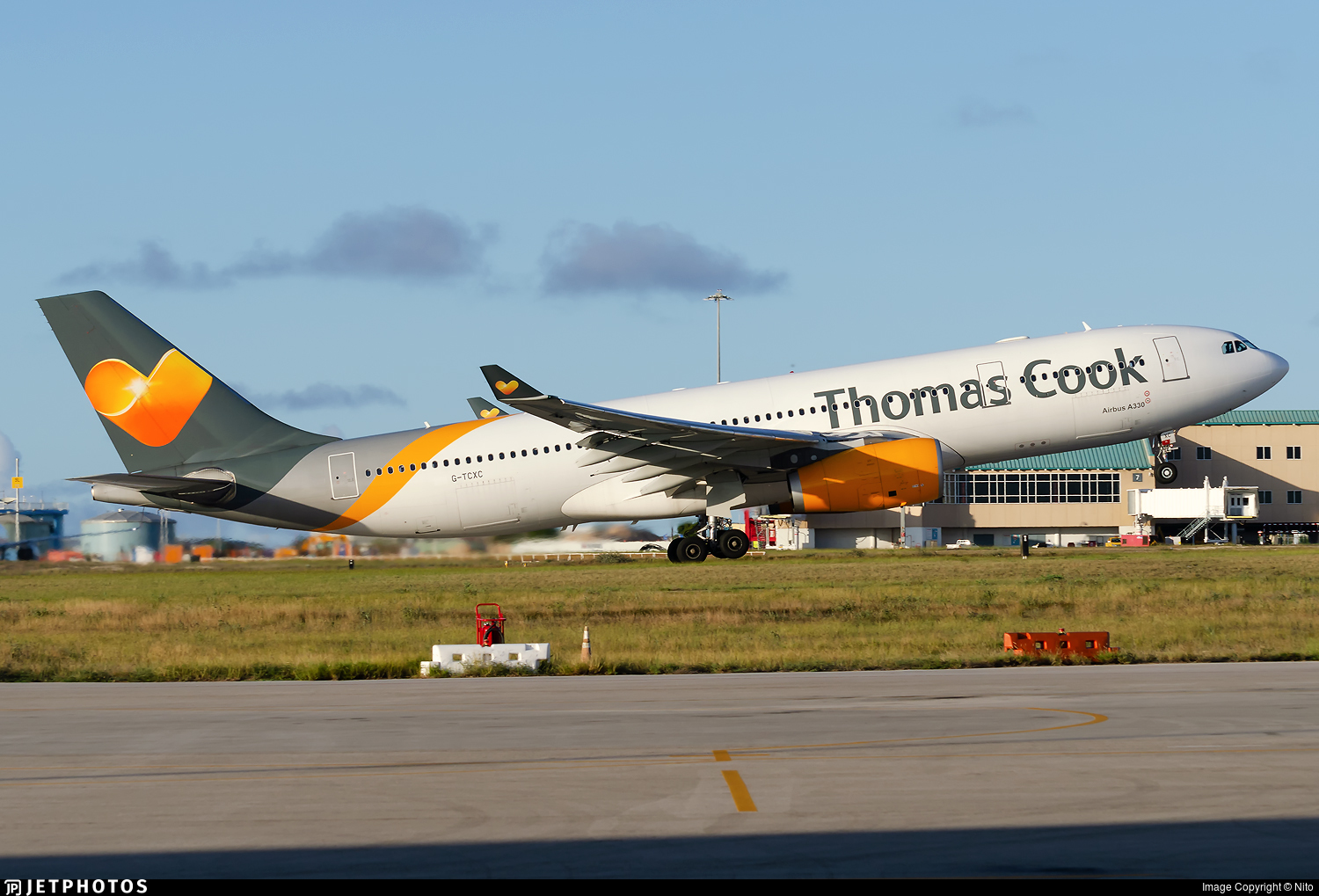 G-TCXC - Airbus A330-243 - Sunclass Airlines