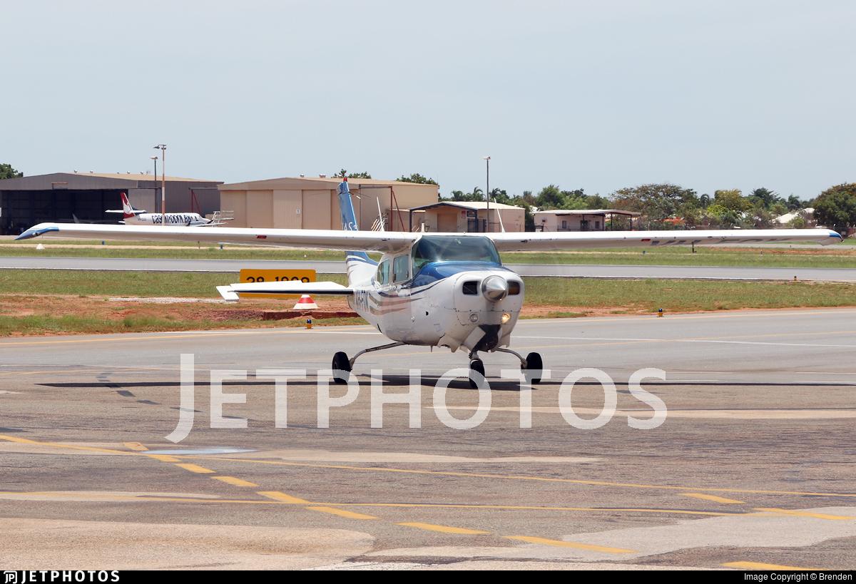 VH-FOK - Cessna 210N Centurion II - Broome Air Services