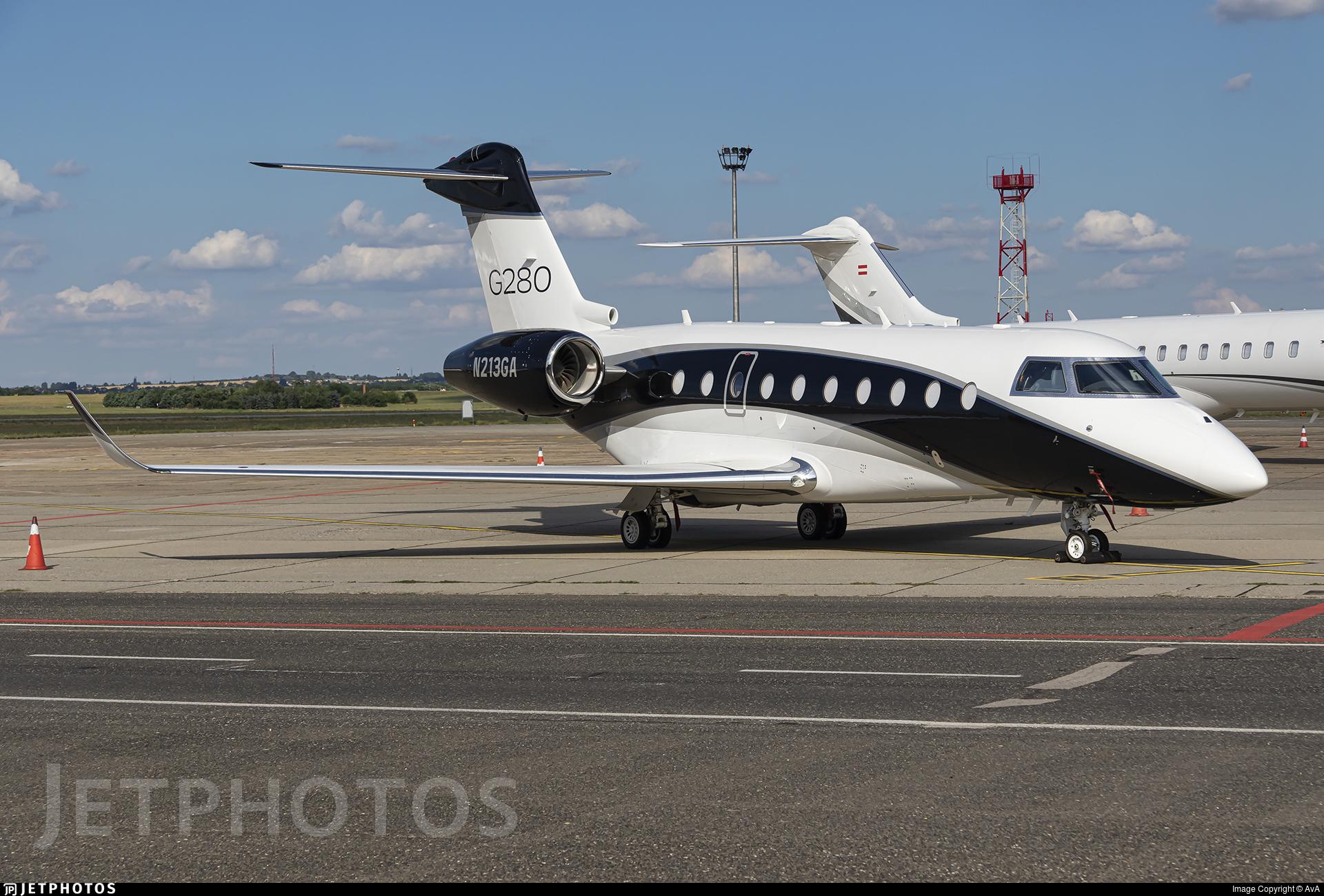 N213GA - Gulfstream G280 - Gulfstream Aerospace