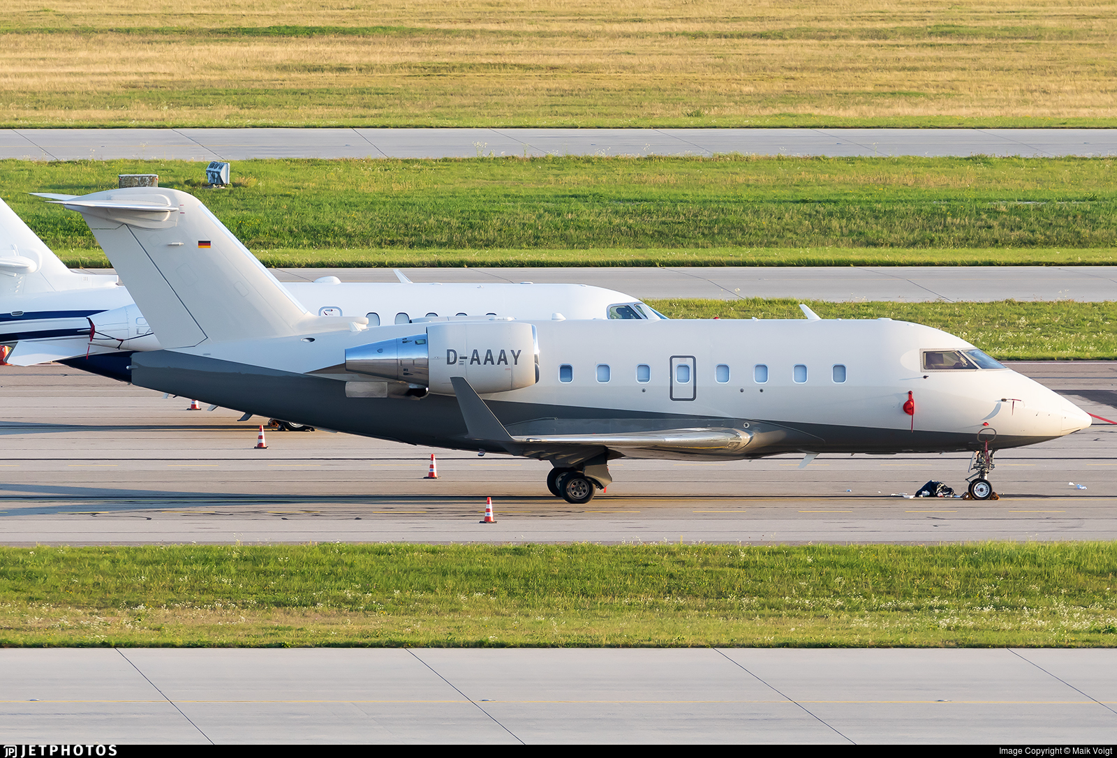 D-AAAY - Bombardier CL-600-2B16 Challenger 604 - Private