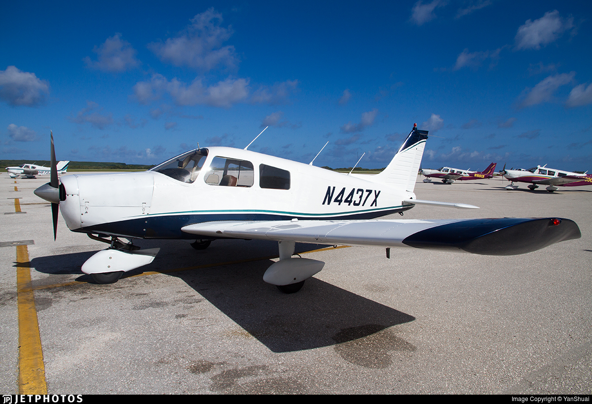 N4437X - Piper PA-28-140 Cherokee Cruiser - Private