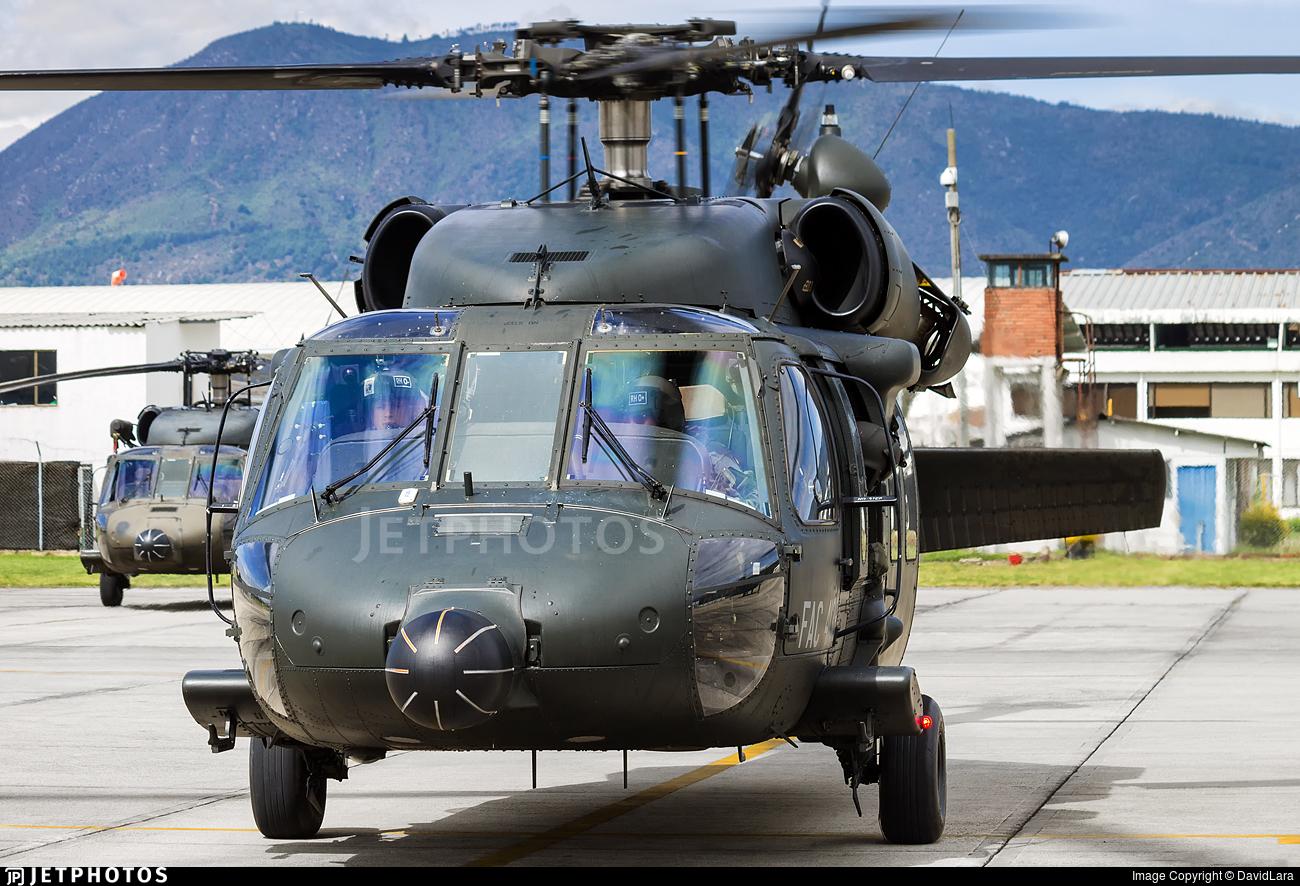 FAC4128 - Sikorsky AH-60L Arpia III - Colombia - Air Force