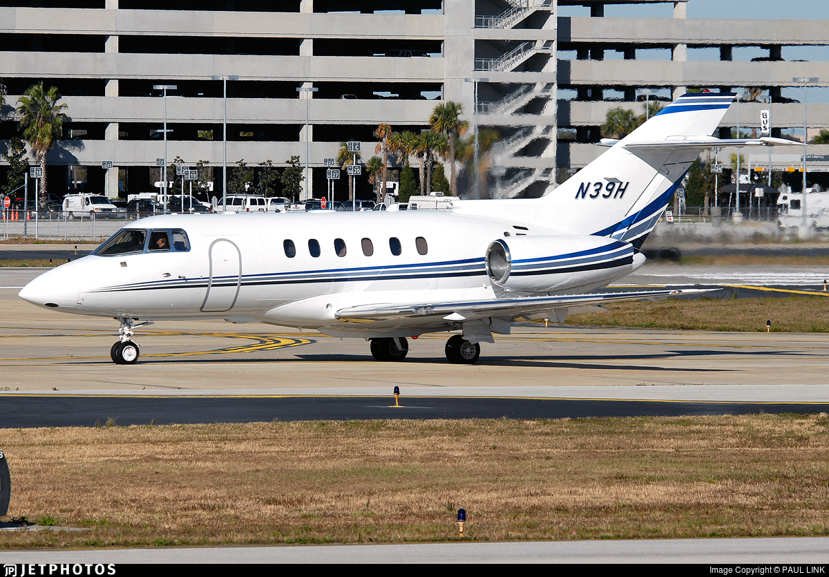 N39H - Raytheon Hawker 800XP - Private