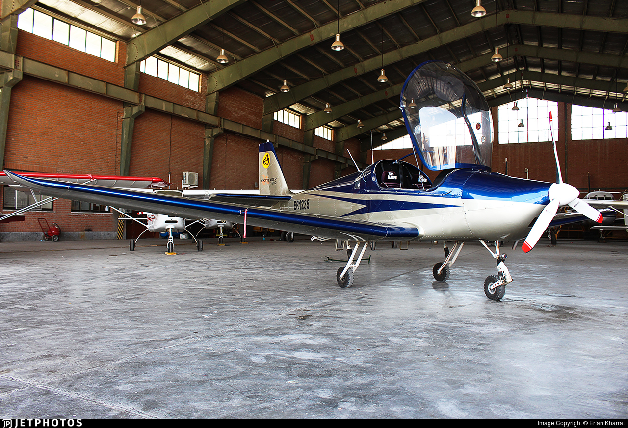 EP-1235 - Skyleader 500 - Private
