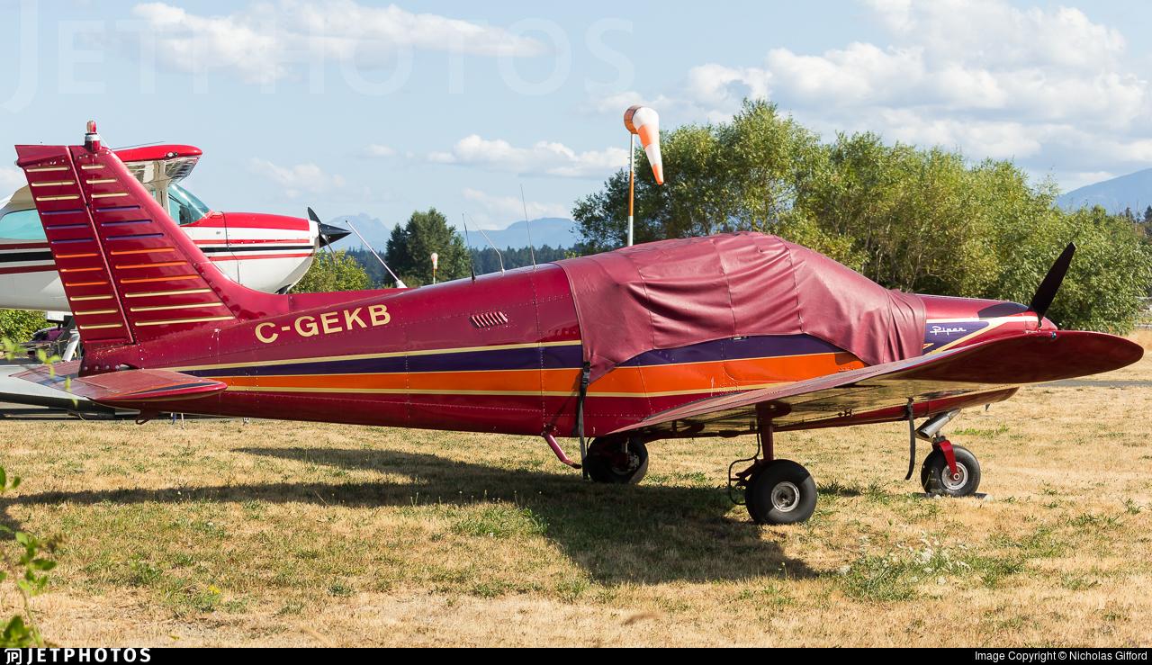 C-GEKB - Piper PA-28-140 Cherokee - Private