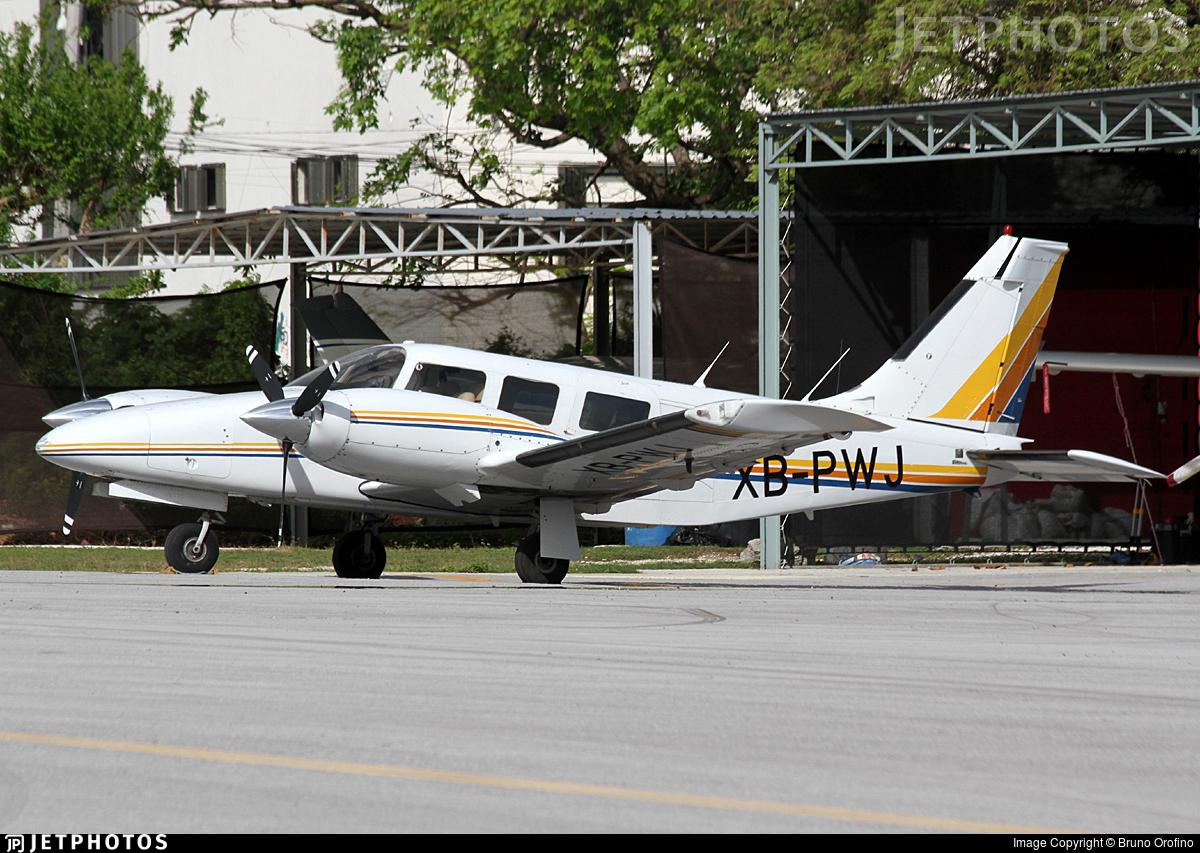 XB-PWJ - Piper PA-34-200T Seneca II - Private