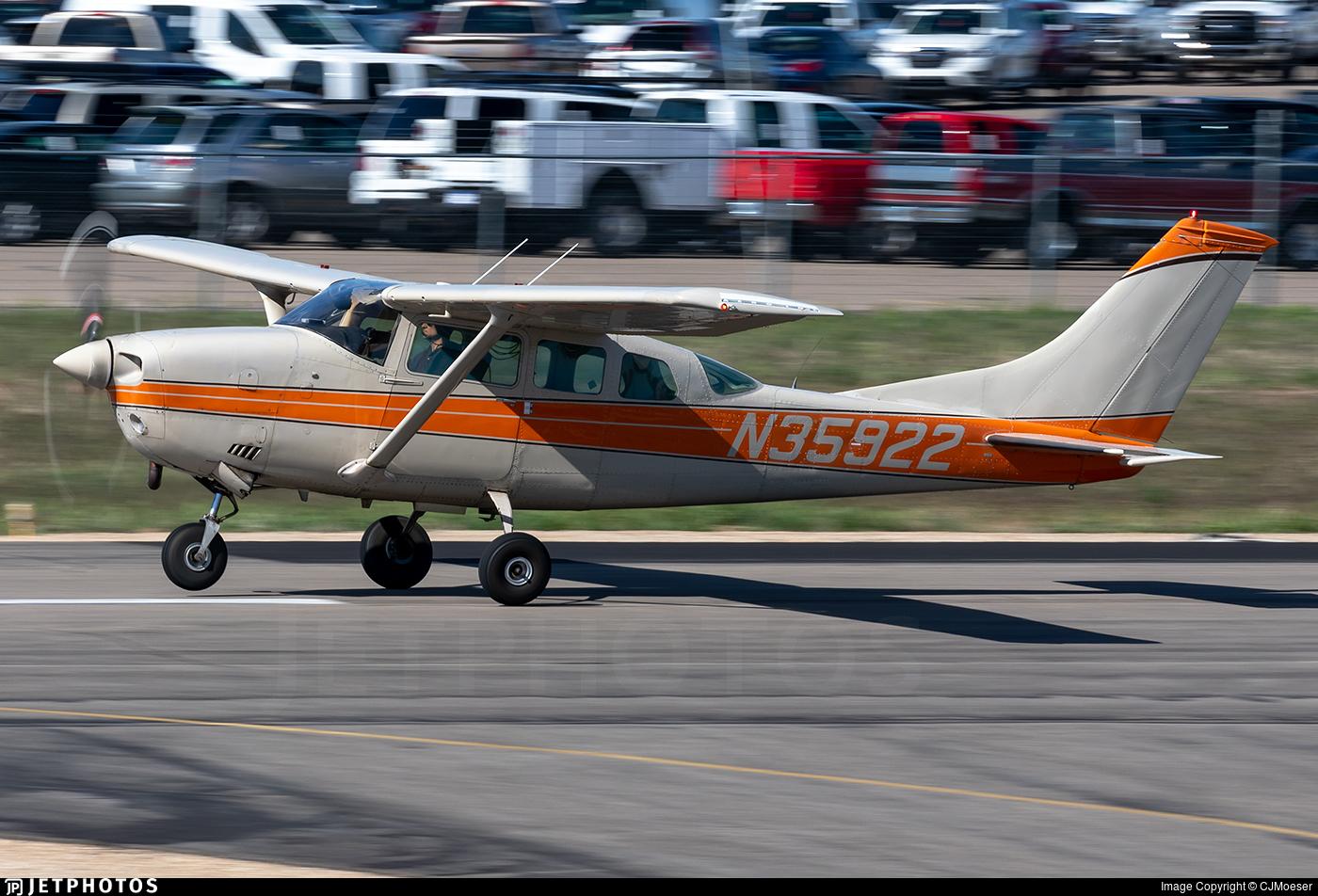 N35922 - Cessna TU206F Turbo Stationair - Private