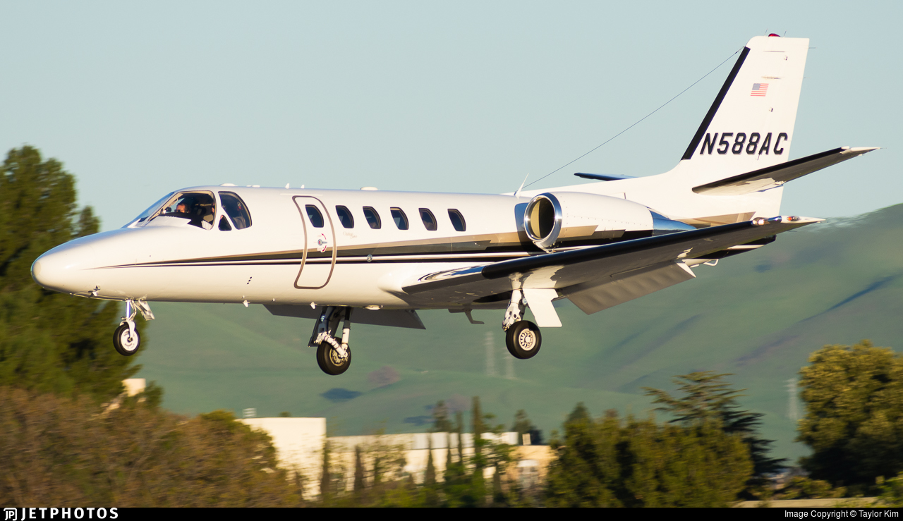 N588AC - Cessna 550B Citation Bravo - Private