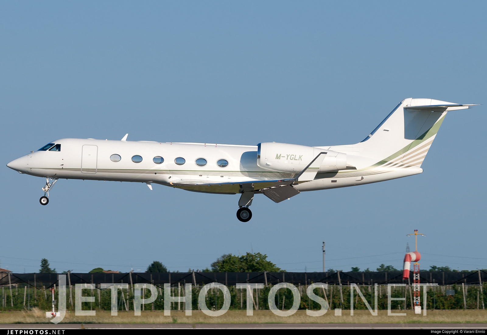M-YGLK - Gulfstream G450 - JetClub