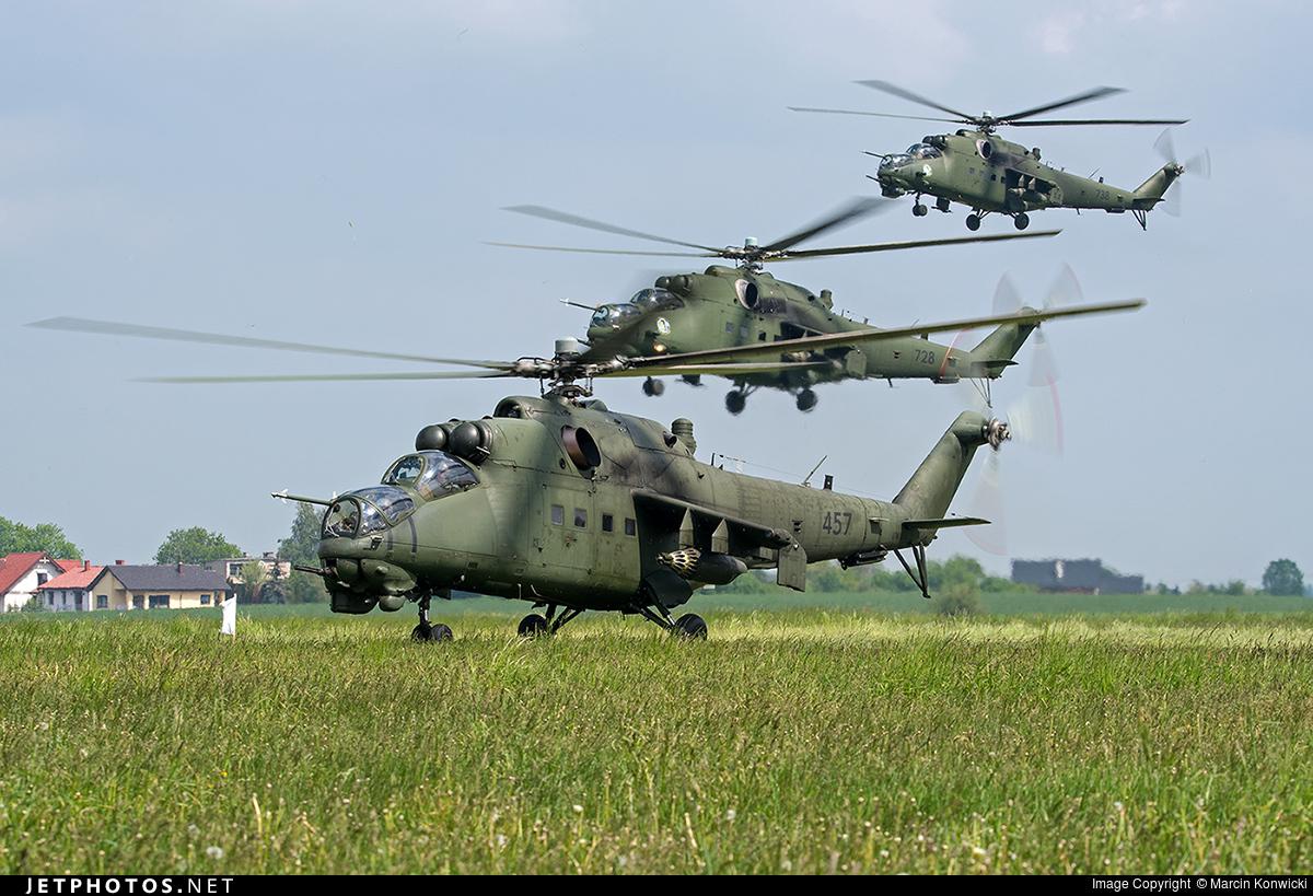 """Résultat de recherche d'images pour """"army new mi 24"""""""