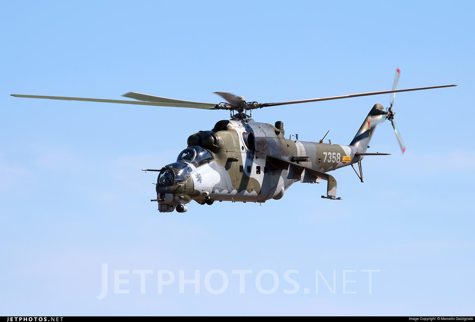 7358 - Mil Mi-24 Hind - Czech Republic - Air Force