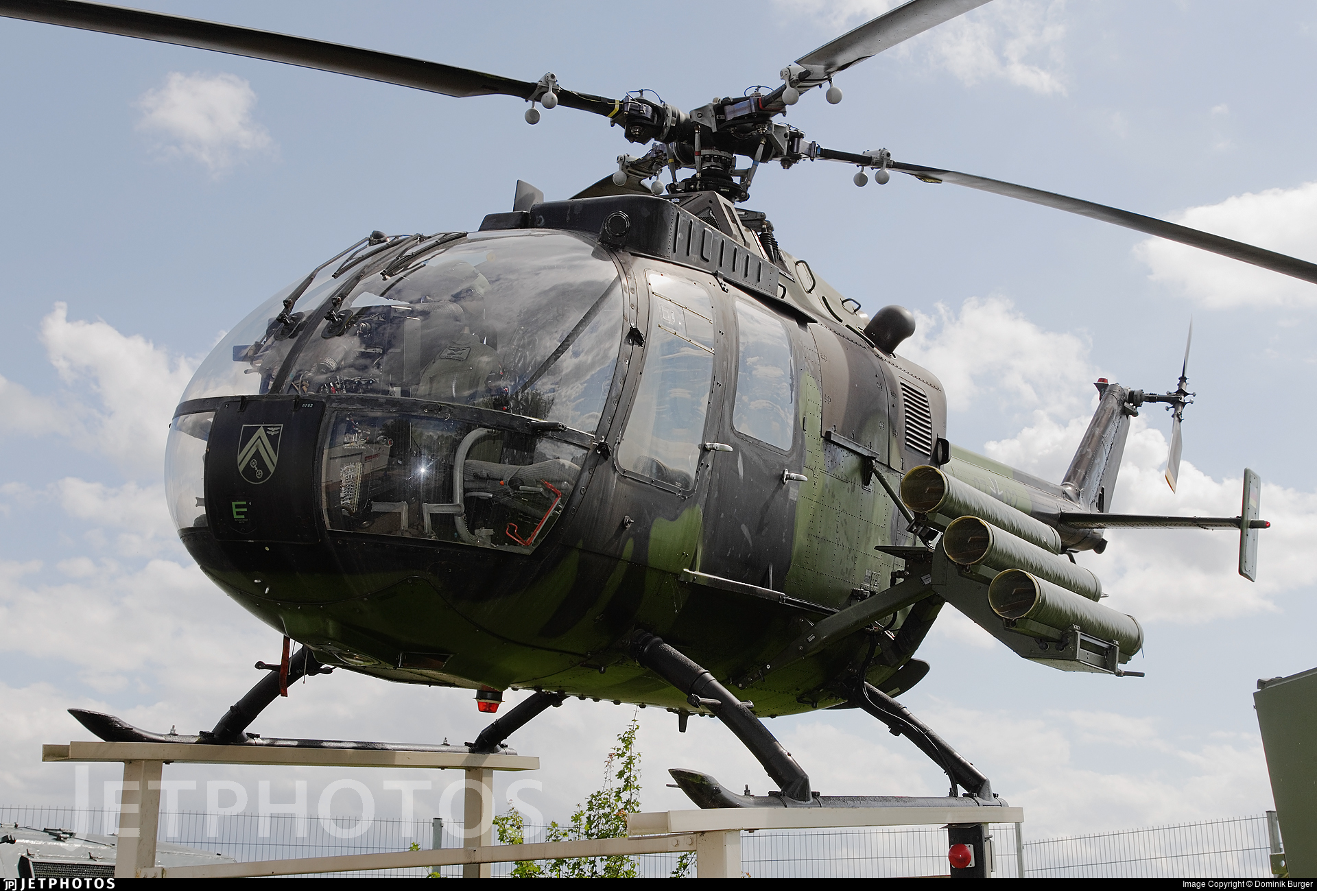 87-82 - MBB Bo105P1 - Germany - Army