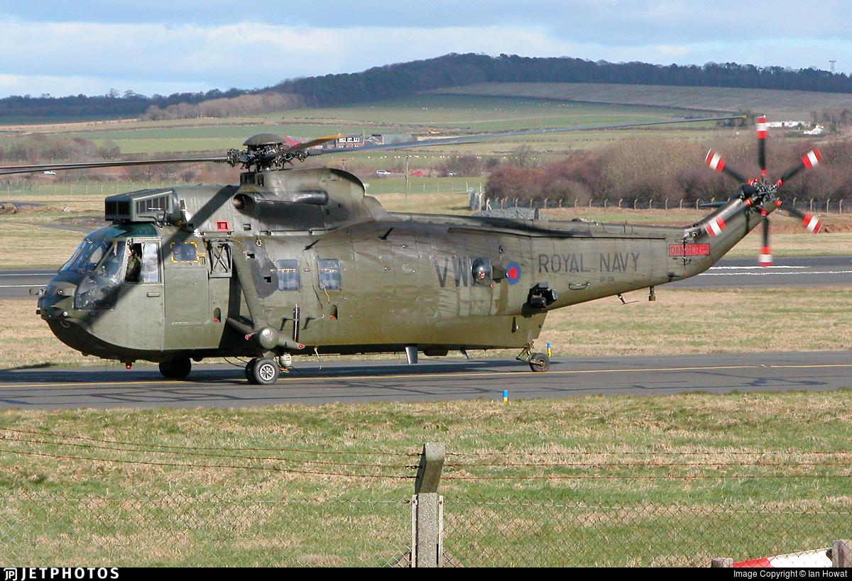 ZF119 - Westland Sea King HC.4 - United Kingdom - Royal Navy