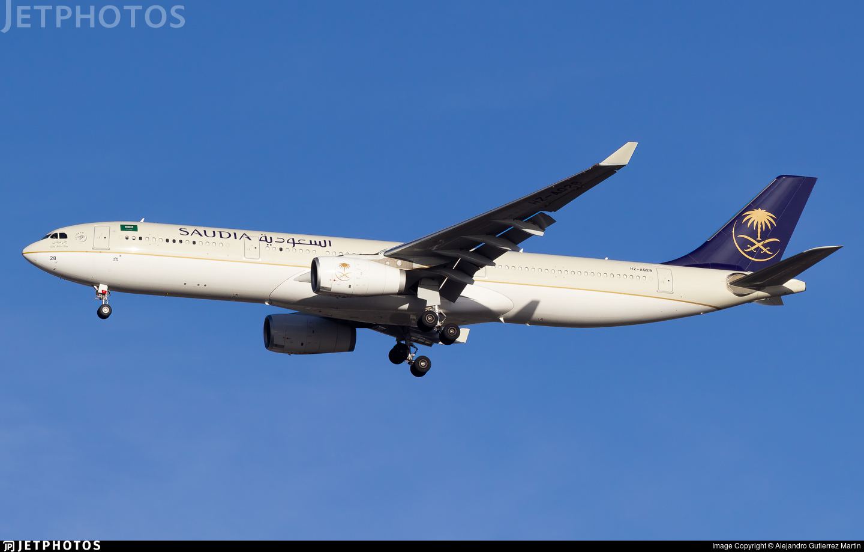 HZ-AQ28 - Airbus A330-343 - Saudi Arabian Airlines