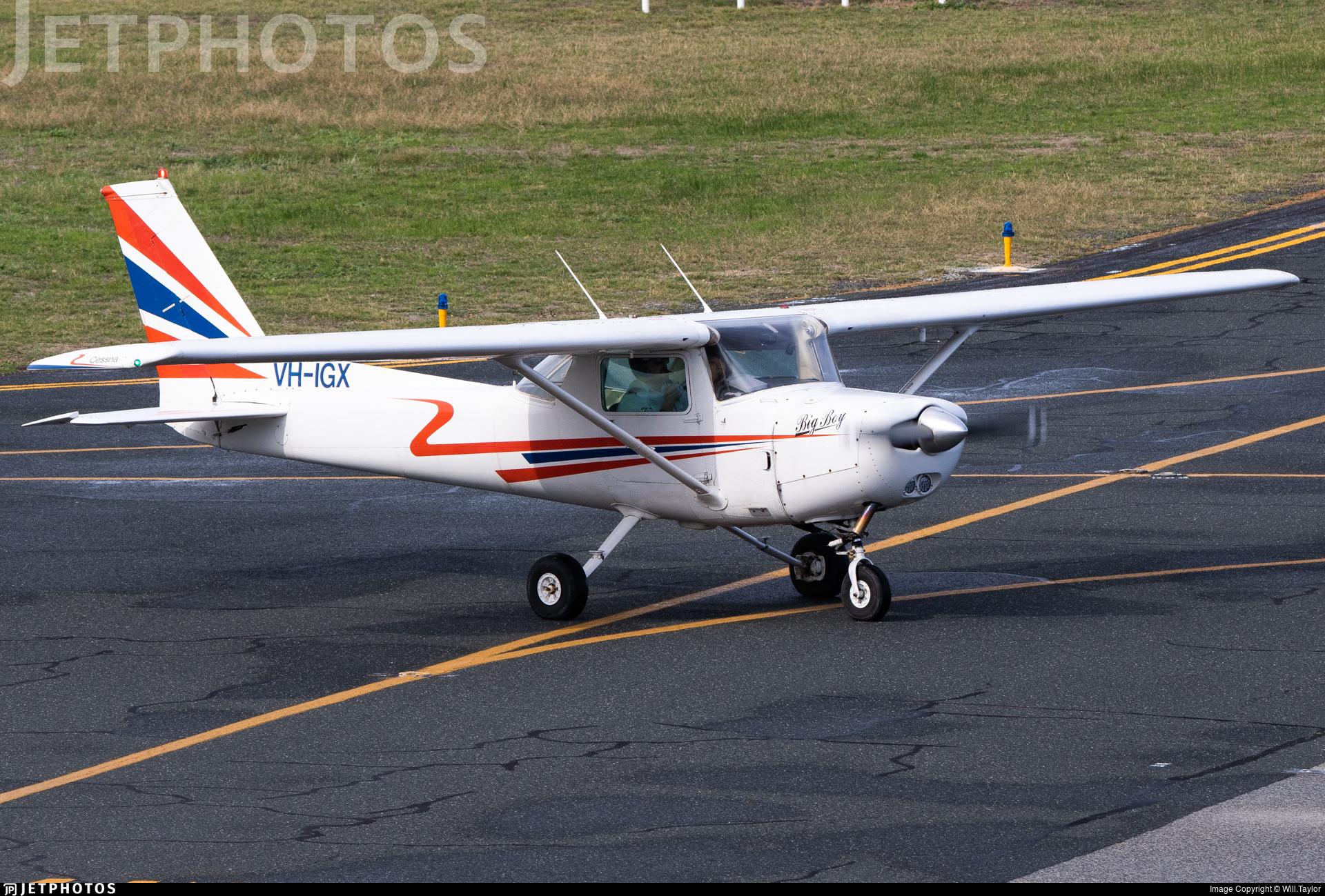 VH-IGX - Cessna 152 - Air Australia International