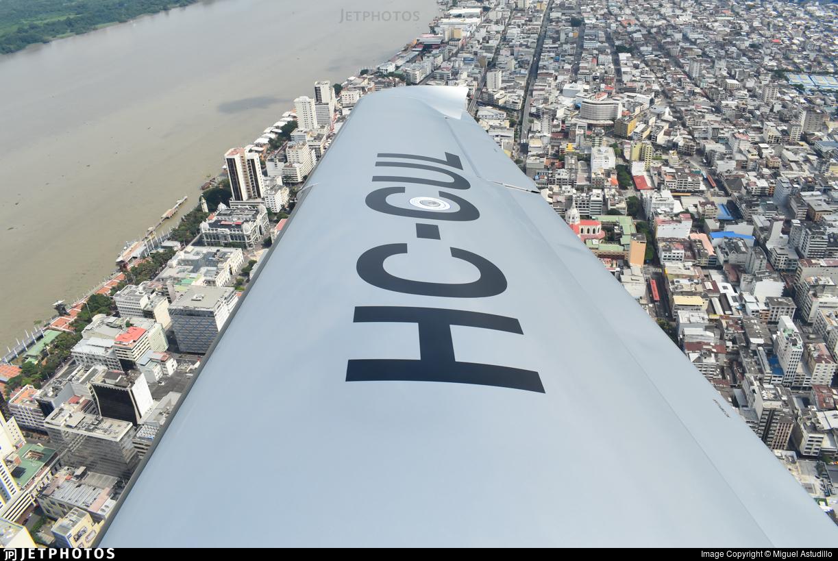 HC-CUL - Cirrus SR22-GTS G6 Carbon - Aeropacífico Ecuador