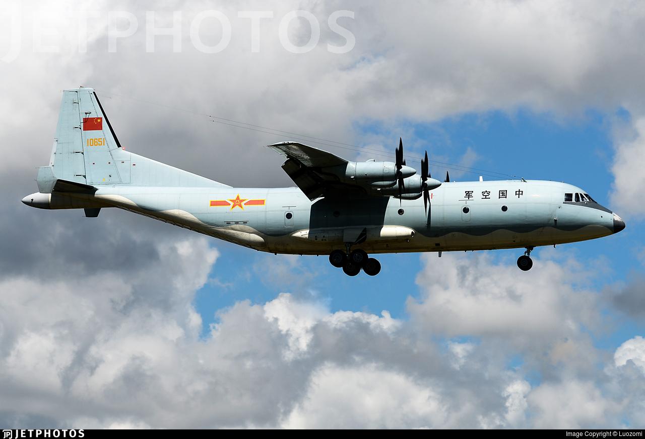 10651 - Shaanxi Y-9 - China - Air Force