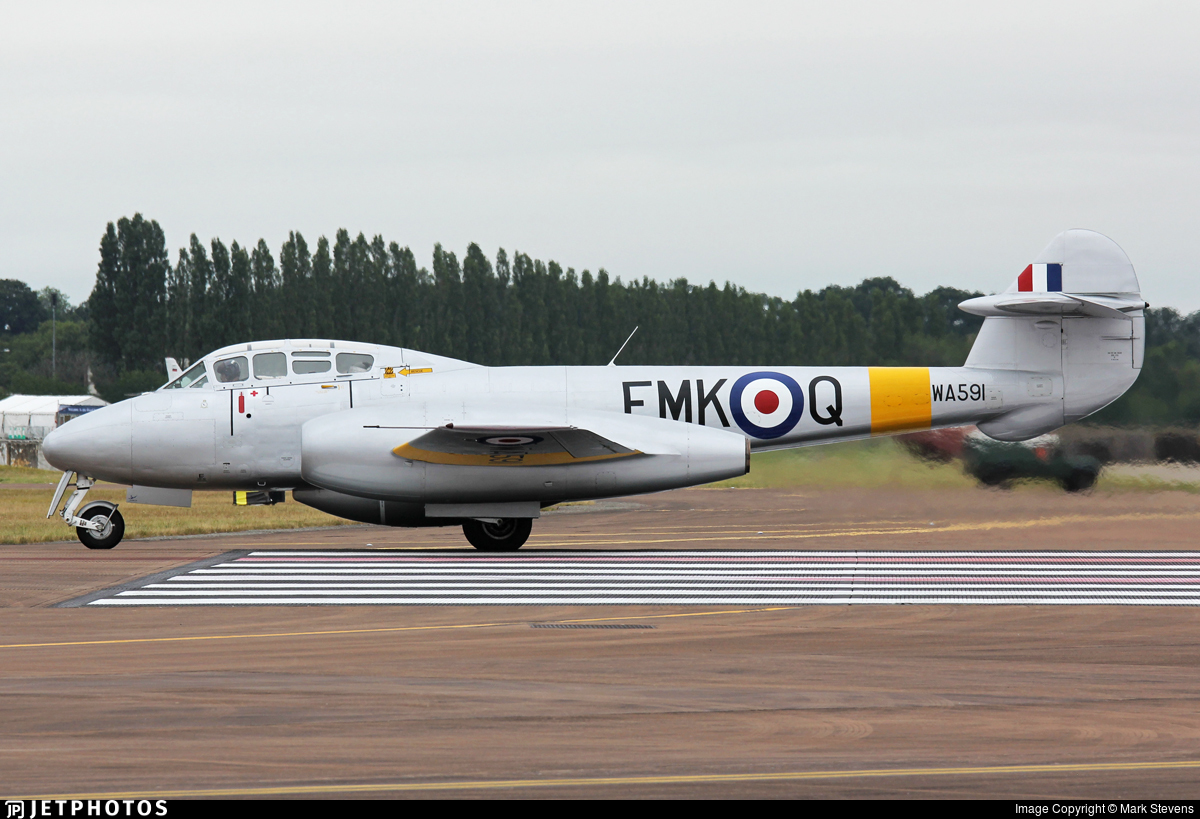 G-BWMF - Gloster Meteor T.7 - Private