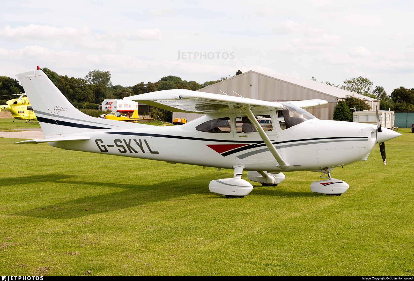 G-SKYL - Cessna 182S Skylane - Private