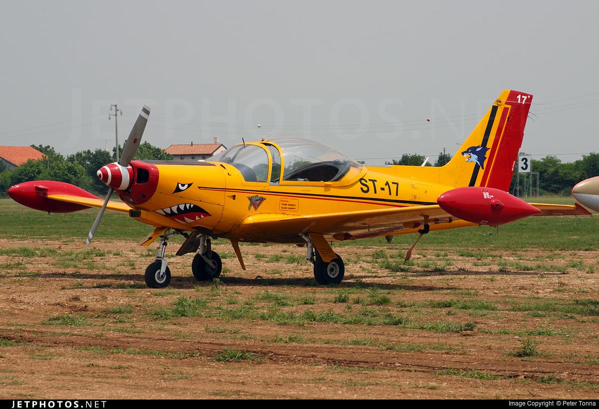 ST-17 - SIAI-Marchetti SF260M - Belgium - Air Force