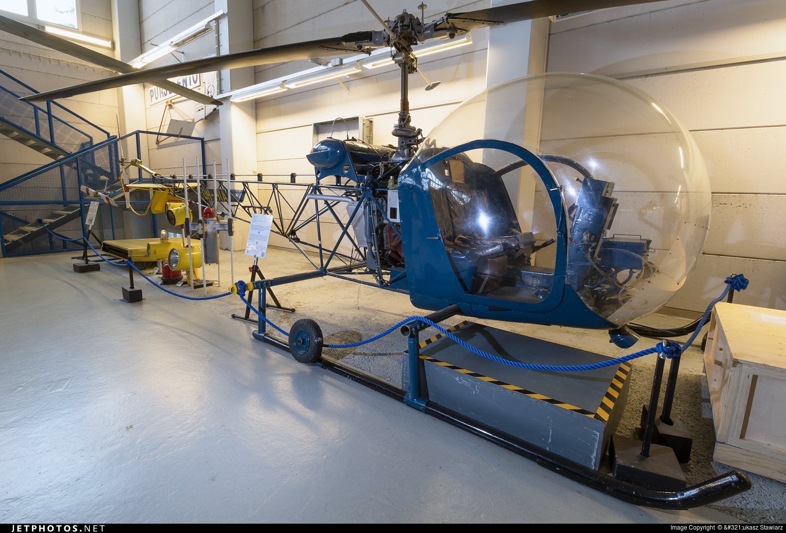 OH-HIA - Bell 47D-1 - Private