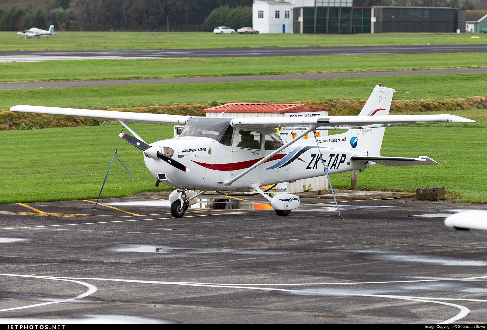 ZK-TAP - Cessna 172R Skyhawk II - Ardmore Flying School