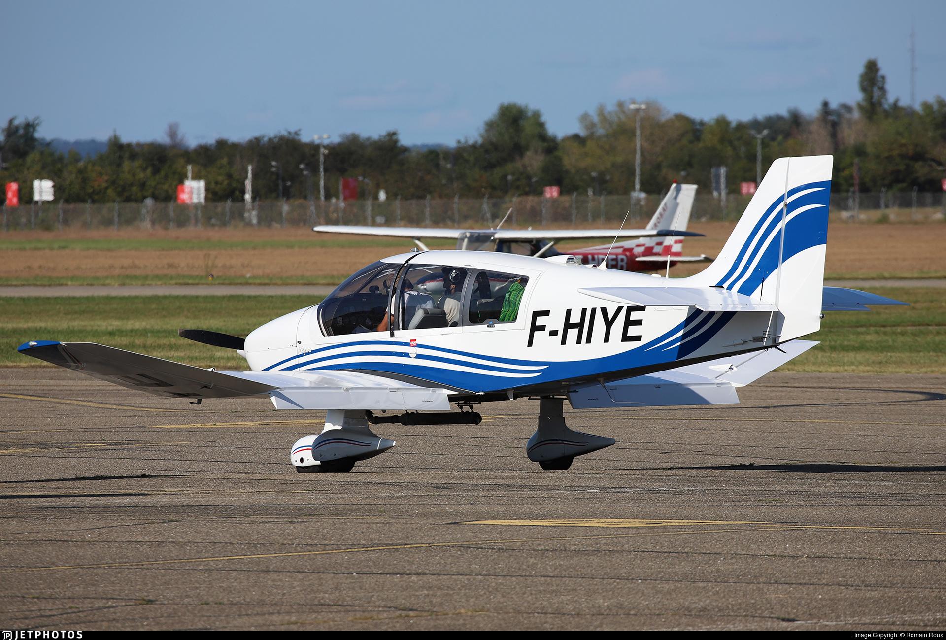 F-HIYE - Robin DR400/180 Régent - Aero Club - Grand Lyon