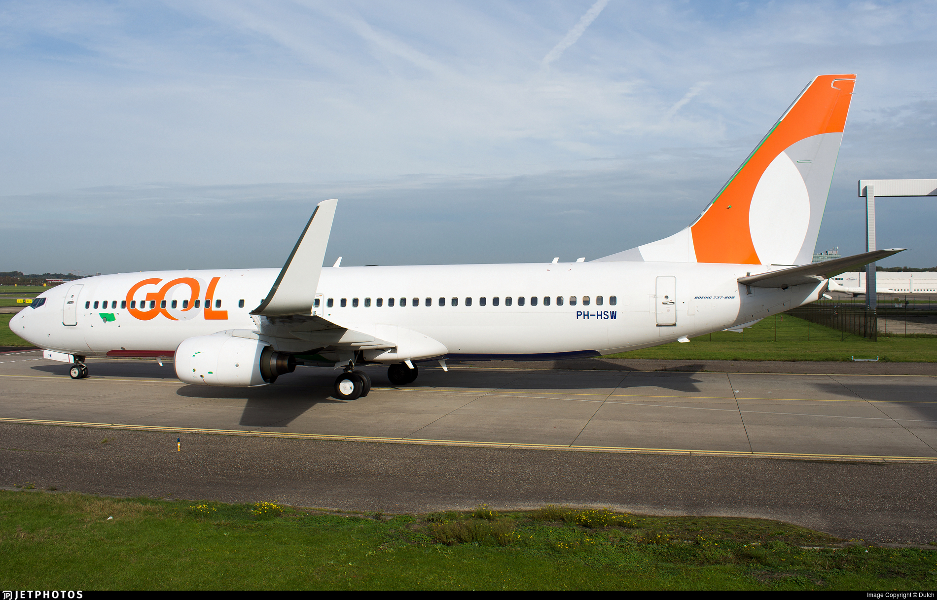 PH-HSW - Boeing 737-8K2 - GOL Linhas Aéreas (Transavia Airlines)