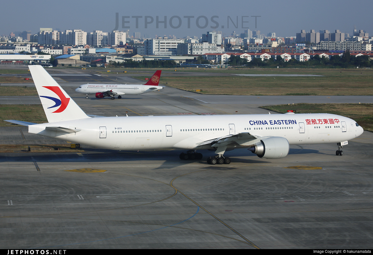 B 2001 boeing 777 39per china eastern airlines hakunamatata jetphotos - China eastern airlines vietnam office ...