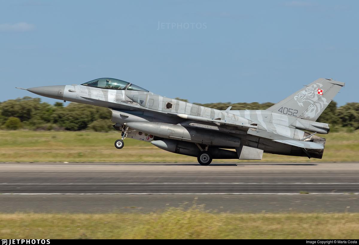 4052 - Lockheed Martin F-16C Fighting Falcon - Poland - Air Force