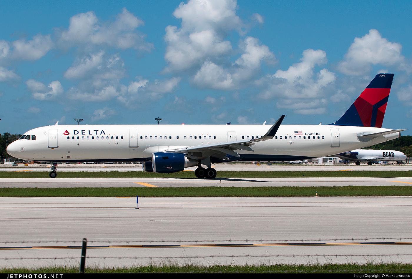 N305DN - Airbus A321-211 - Delta Air Lines
