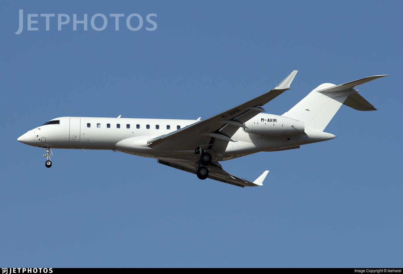 M-AVIR - Bombardier BD-700-1A10 Global 6000 - Private