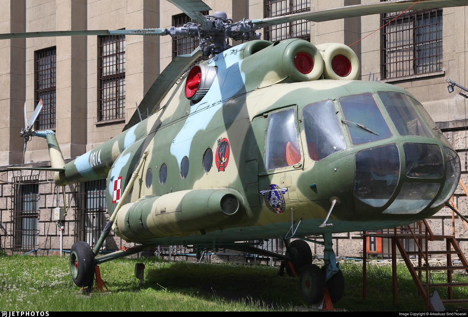 0614 - Mil Mi-8T Hip - Poland - Army