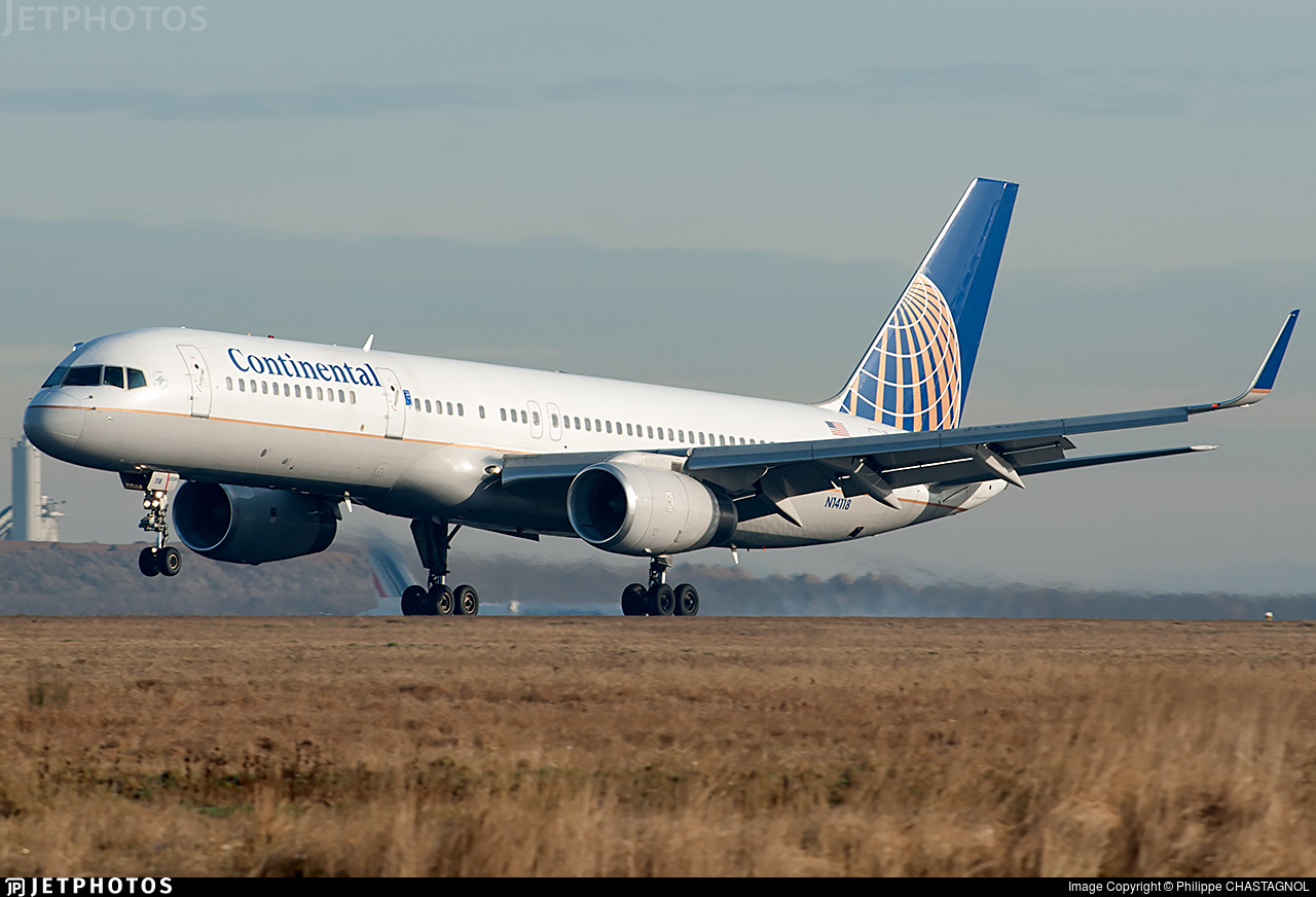 N14118 - Boeing 757-224 - Continental Airlines