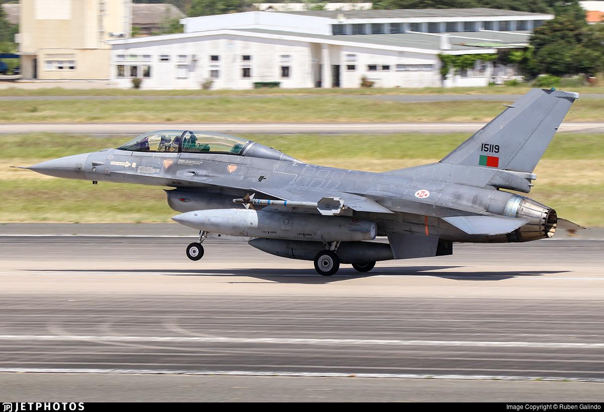 15119 - General Dynamics F-16BM Fighting Falcon - Portugal - Air Force