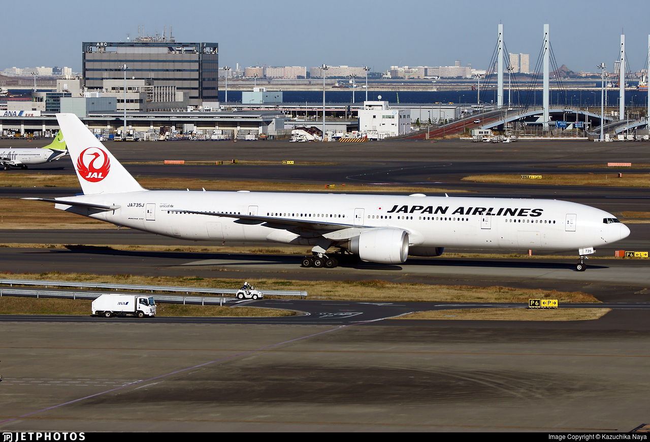 JA735J - Boeing 777-346ER - Japan Airlines (JAL)