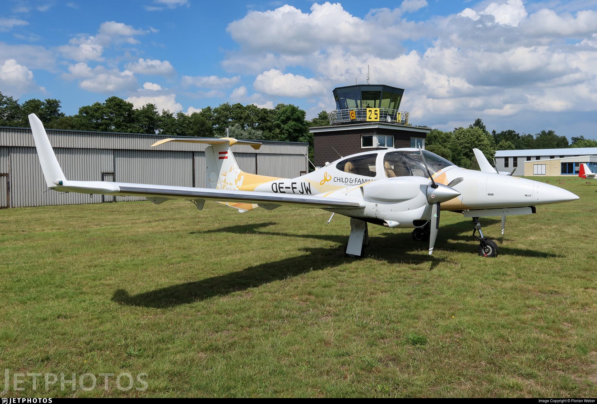 OE-FJW - Diamond DA-42 NG Twin Star - Private